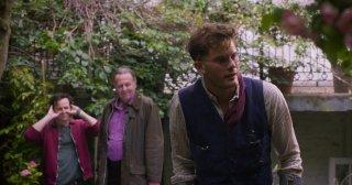 This Beautiful Fantastic: Andrew Scott, Tom Wilkinson e Jeremy Irvine in una scena del film