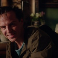 This Beautiful Fantastic: Andrew Scott in una scena del film