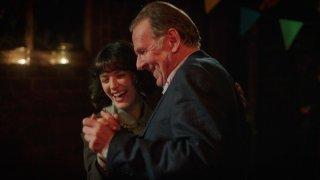 This Beautiful Fantastic: Jessica Brown Findlay e Tom Wilkinson in una scena del film