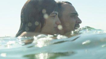 Cuori puri: Simone Liberati e Selene Caramazza in un momento del film