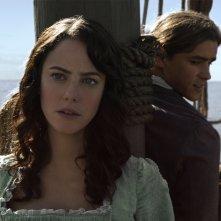 Pirati dei Caraibi: La vendetta di Salazar, Kaya Scodelario e Brenton Thwaites in una scena del film