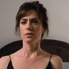 Billions: una scena della seconda stagione con Maggie Siff