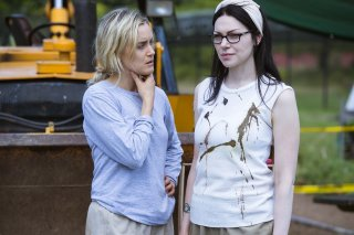 Orange Is The New Black: una foto di Taylor Schilling e Laura Prepon