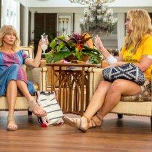 Fottute!: Amy Schumer e Goldie Hawn in un momento del film