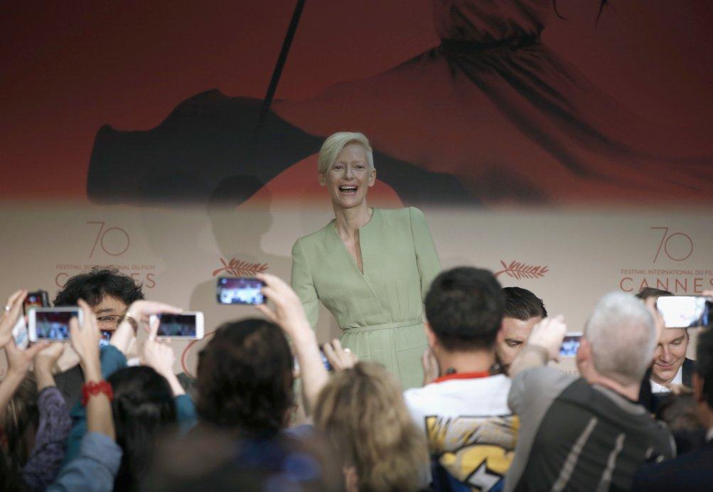 Cannes 2007:  l'attrice Tilda Swinton durante la conferenza stampa per Okja