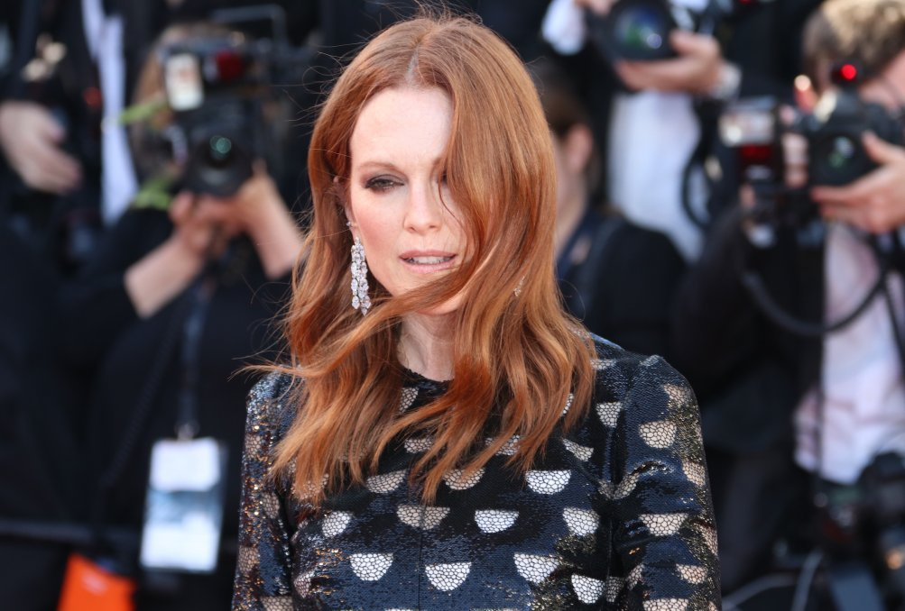 Cannes 2017: Julianne Moore sul red carpet di Okja