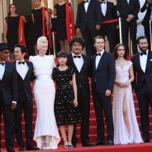 Cannes 2017: Tilda Swinton, Lily Collins, Jake Gyllenhaal e il cast sul red carpet di Okja