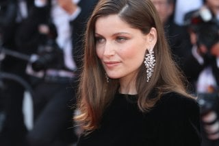 Cannes 2017: Laetitia Casta sul red carpet di The Meyerowitz Stories