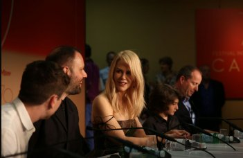The Killing of a Sacred Deer: Nicole Kidman e il regista Yorgos Lanthimos alla conferenza stampa