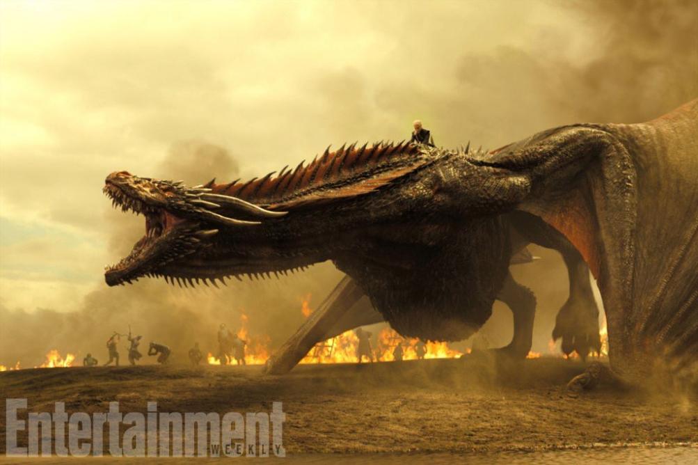 Il Trono di Spade: Daenerys e Drogon in una foto della settima stagione