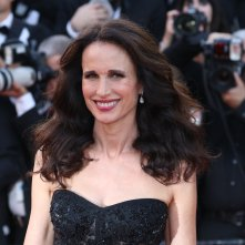 Cannes 2017: Andie MacDowell sul red carpet di The Killing of a Sacred Deer