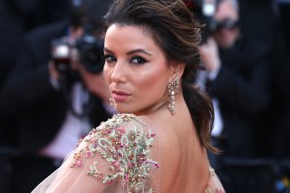 Cannes 2017: Eva Longoria sul red carpet di The Killing of a Sacred Deer
