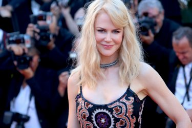Cannes 2017: Nicole Kidman sul red carpet per il settantesimo anno della manifestazione
