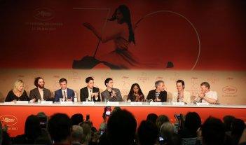Good Time: il cast al completo in conferenza stampa a Cannes