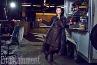 Il trono di spade: Maisie Williams in una foto di EW