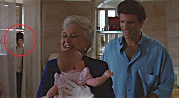 Tre scapoli e un bebè: Ted Dandon, Celeste Holm e un fantasma sullo sfondo