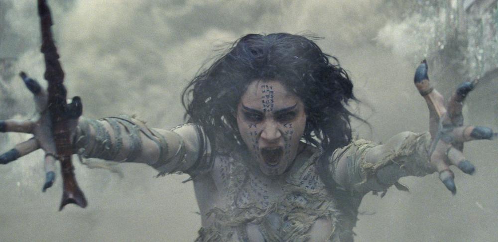 La Mummia: Sofia Boutella in una scena del film
