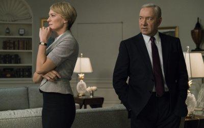 House of Cards, venti di guerra sull'America: il commento alla première della stagione 5