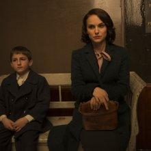 Sognare è vivere: Natalie Portman e Amir Tessler in una scena del film