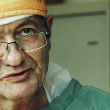 Chirurgo ribelle: un primo piano di Erik Erichsen