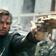 Transformers - L'ultimo cavaliere: Mark Wahlberg in una scena del film