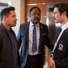 CHiPs: Michael Peña, Adam Brody e Isiah Whitlock Jr. in un momento del film