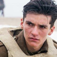 Dunkirk: un primo piano di Fionn Whitehead