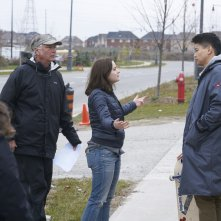 Wish Upon: il regista John R. Leonetti con Joey King e Ki Hong Lee sul set del film