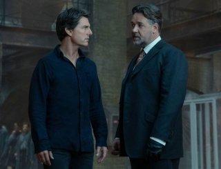 La Mummia: Russell Crowe e Tom Cruise in una scena del film