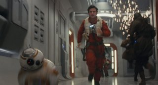 Star Wars: Gli ultimi Jedi: Oscar Isaac in una scena del film