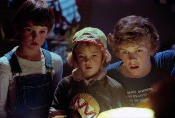 E.T. L'extra-terrestre: i tre fratelli in una scena del film