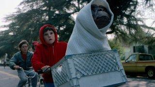 E.T. L'extra-terrestre: l'iconica scena della bicicletta del film