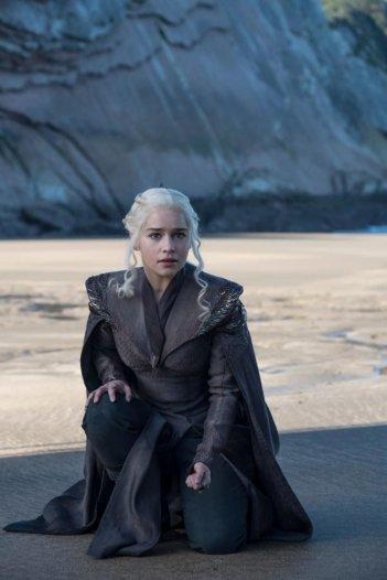Il Trono di Spade: l'attrice Emilia Clarke interpreta Daenerys