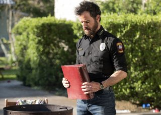 images/2017/06/13/the-leftovers-justin-theroux-03.jpg