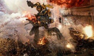 Transformers - L'ultimo cavaliere: una scena d'azione del film