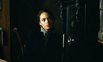 L'infanzia di un capo: Bérénice Bejo in una scena del film