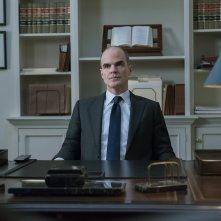 House of Cards 5: Michael Kelly in un momento della serie tv