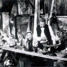 Il piacere: Jean Gabin in un'immagine di gruppo del film