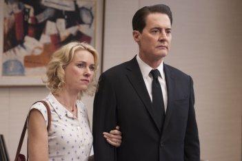 I segreti di Twin Peaks: Kyle Maclachlan e Naomi Watts in una scena