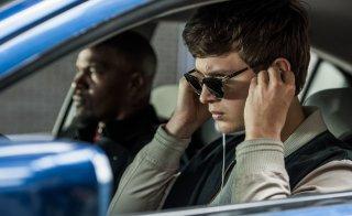Baby Driver: Jamie Foxx ed Ansel Elgort in una foto del film