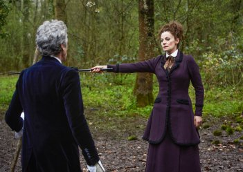Doctor Who: Michelle Gomez in una scena dell'episodio The Doctor Falls