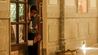 Hotel Mumbai: Dev Patel nella prima immagine del film