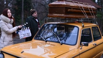 Easy - Un viaggio facile facile: Nicola Nocella sul set del film