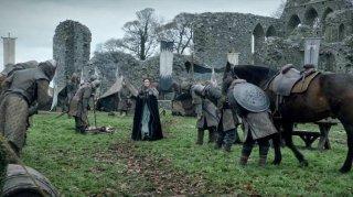 Il trono di spade: Michelle Fairley in una scena dell'episodio finale della prima stagione