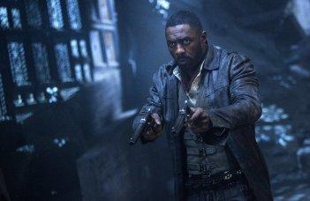 La Torre Nera: Idris Elba in un momento del film