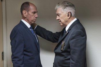 I segreti di Twin Peaks: David Lynch e Miguel Ferrer in una scena