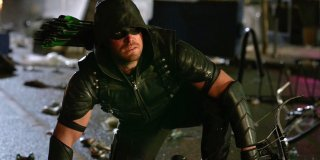 images/2017/07/12/stephen-amell-as-oliver-queen-in-arrow-season-5.jpg