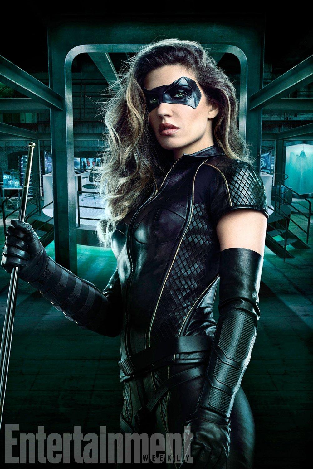 Arrow:  Juliana Harkavy con il costume di Black Canary