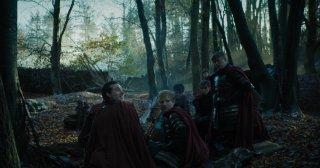 Il trono di spade: Ed Sheeran insieme agli altri soldati nella premiere della stagione 7