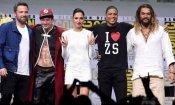 Warner Bros. mostra i loghi per i nuovi DC Film al Comic-Con. Quali sono ancora in fase di sviluppo?